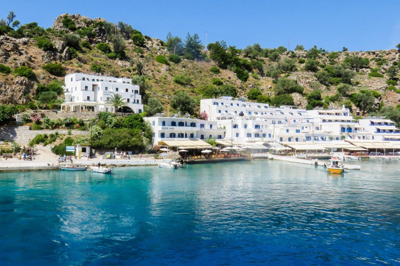 crete-loutro-paysage-medite-marche-respire-recentre