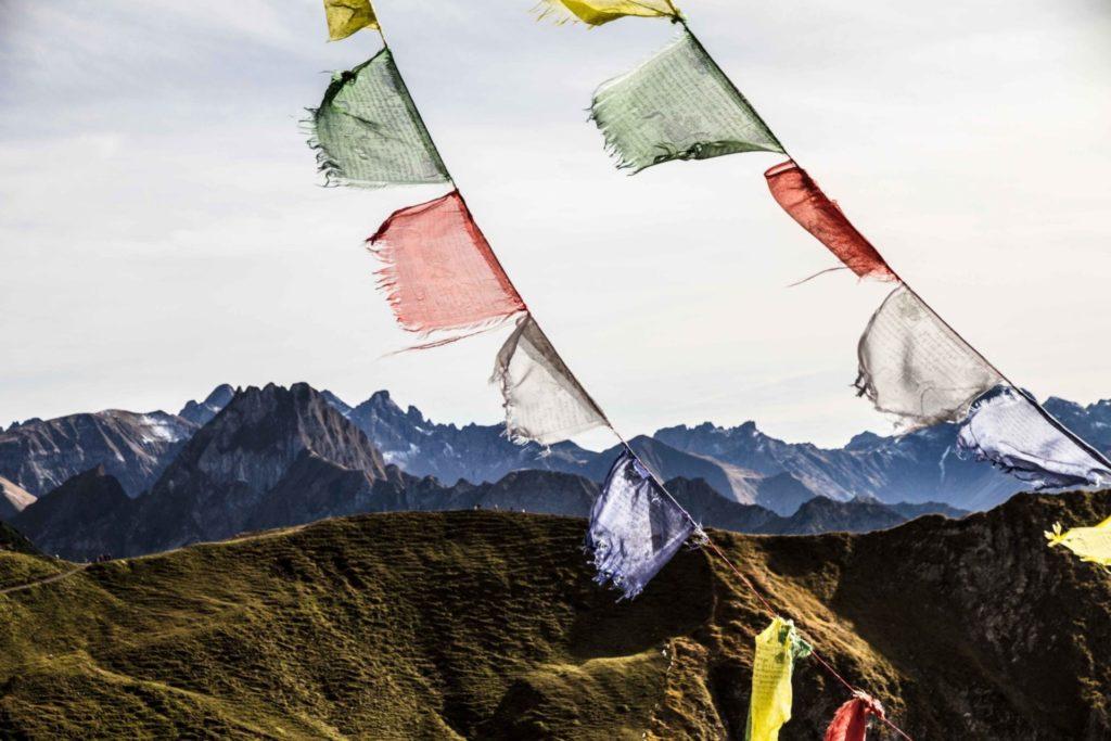 tibet-voyages-interieurs-montagnes